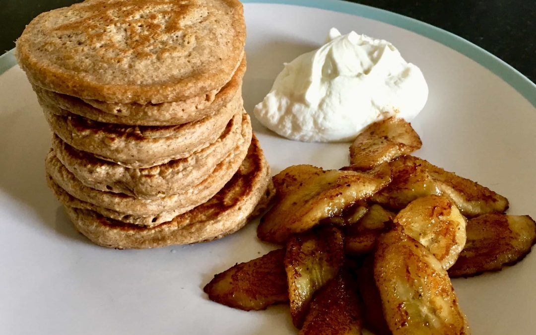 Recipe: Cinnamon Oat Pancakes with Caramelised Banana